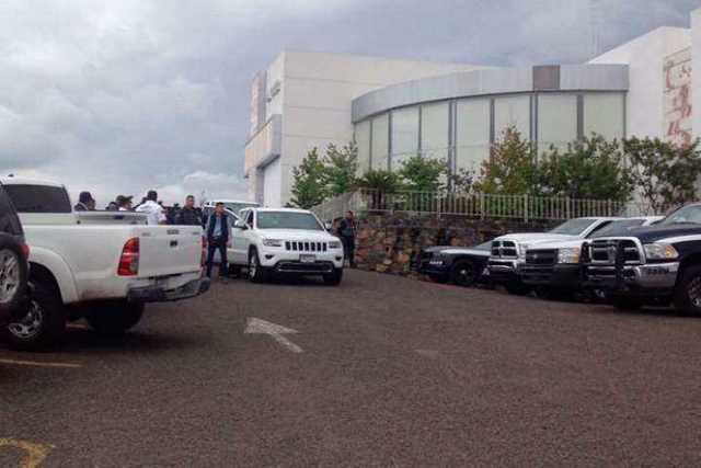 Funeral-de-Rogelio-Arredondo-un-bunker-policial-2